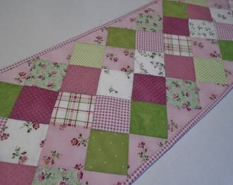 Spring Floral Quilted Table Runner in Pink Green and White, Quilted Table Topper, Cottage Chic Table Runner, Patchwork Dresser Runner