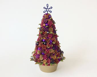 Christmas tree with roses and baubles for 1:12 scale dollhouse