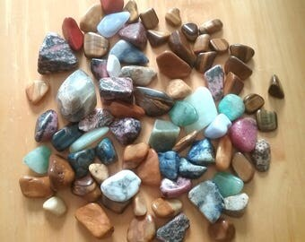 Crystal and Stone Grab Bag / Tumbled Polished Stones and Crystals / Approx 75 Pieces / For Jewelry, Mojo Bags, Altar Tools, Crystal Grids