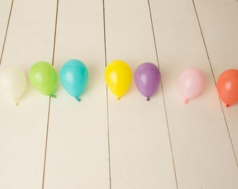 Balloons Only- Set of 20 Small & Medium Latex