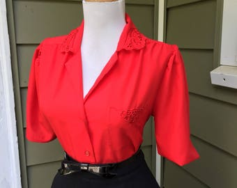 Vintage 1950s 1960s Atomic Red Short Sleeve Button Down Blouse Top W Lace Crochet Like Trim
