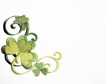Shamrock embroidered quilt label to customize with your personal message