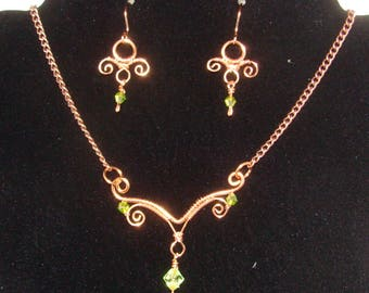 Necklace and earrings set- Wire wrapped jewelry - Copper wire and crystal beads necklace and earrings set