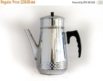 Circa 1930 , COMPLETED French antique coffee pot in chromed metal, art deco style , drip coffee pot