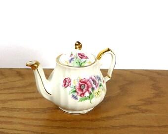 English Sadler Windsor Teapot Floral Teapot with Gold Accents Farmhouse Kitchen Decor Cottage Chic Home Decor