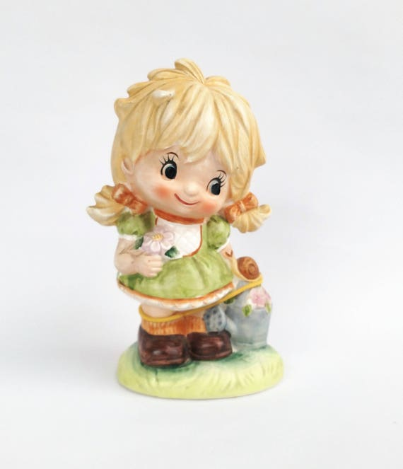 Vintage 1960's Sweet Big Eyed Blonde Girl Figurine by Inarco Made in Japan