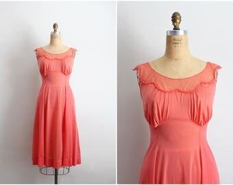 50s Peach Nightgown / Slip Dress / Vintage Slip / Wedding Slip / Vintage lingerie / Size S/M