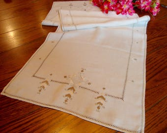 Linen Table Runner Vintage Italian Embroidered Dresser Scarf Table Linens