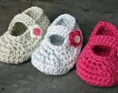 Crochet Pattern for Flowery Mary Jane Baby Shoe