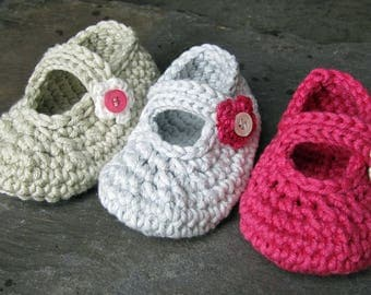 Crochet Pattern for Flowery Mary Jane Baby Shoe