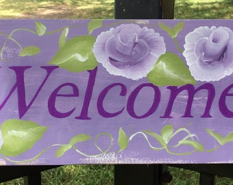 Shabby Chic Welcome Sign in Purple