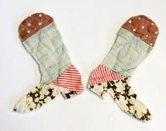 Pair Prim Feedsack Cowboy Boot Appliques, Upcycled Vintage Patchwork Cutter Quilt Embellishments, Craft Supply itsyourcountry