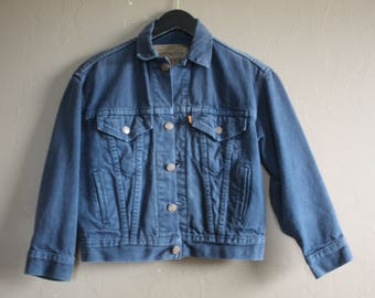 "Vintage 1980s / 1990s Levi Strauss & Co Dark Blue Denim Jean Jacket With Orange ""Levi's"" Tab Button Up Trucker Youth Size Small 8 / 10"