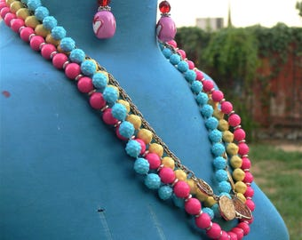 BRIGHT colors beaded necklace