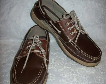 Vintage Men's Brown Leather Lace Up Boat Deck Shoes by Jarman Size 10 Only 15 USD