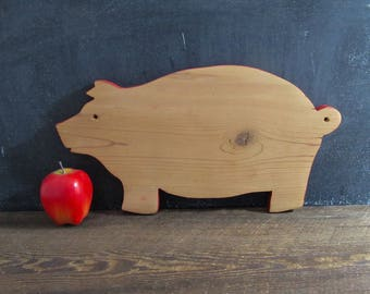 1960's Wooden Pig Cutting Board with Red Trim, Farmhouse Kitchen Decor