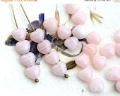 ON SALE Pink heart beads, Glass hearts, czech glass, light pink beads, pressed beads, small hearts - 6mm - 30Pc - 2150