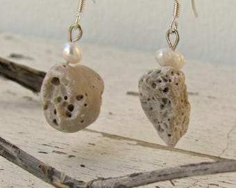 Natural Stone Drop Earrings, Rock Earrings, Beach Pebble Jewelry, Beach Wedding, Delicate Drop Earrings, Nature Jewelry with pearls