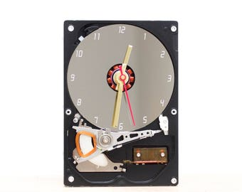 Desk clock - recycled Computer hard drive clock - HDD clock - gift for dad - unique gift for him - c9181