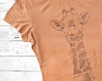 Giraffe T shirt | Women's Bamboo T-shirts | Giraffe Lover | Organic Clothing | Eco Clothing | Womens Tee Shirt | GIRAFFE | Uni-T