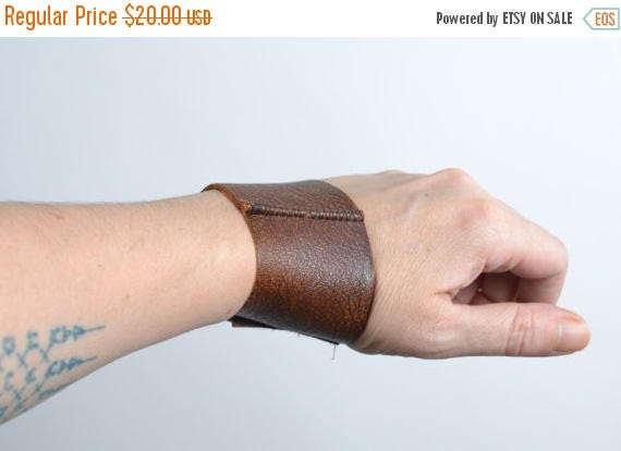 ON SALE Unisex Brown Leather Cuff - Twisted Men's Leather Cuff - Leather Cuff - Men Leather Cuff - Men's Accessories