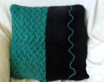 Knitted pillow, cushion cover, green and black