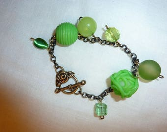Polymer clay and glass, bronze chain bracelet