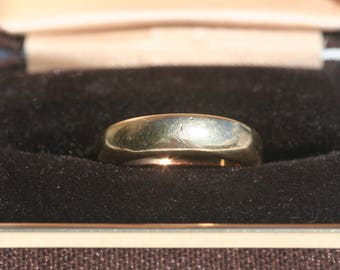 Vintage 9ct 9 Carat Gold Wedding Band Ring 5mm Wide Thick Band 6g Size O 1/2