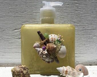 Seashell Soap and Lotion Pump, Coastal Bathroom, Beach Bathroom, Seashell Bathroom