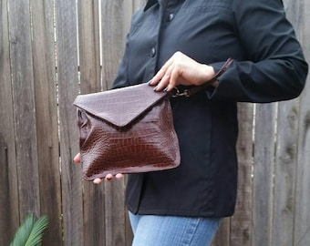ON SALE Brown Leather  Envelope Clutch Bag with Wrist Strap, Fashion Trendy Wristlet Purse,  Elegant Handbags, Jacky