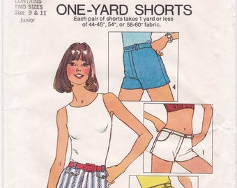 """UNCUT Simplicity 6946 ONE YARD Hip Hugger Shorts Vintage 70s Sewing Pattern, Juniors or Womens, Size 9-11, Waist 24.5""""-25.5"""""""