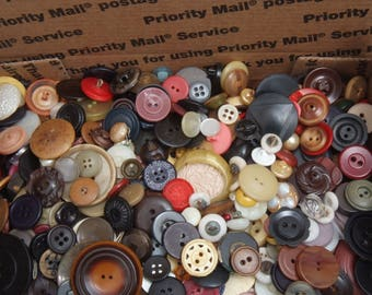 Sm Flat Rate box full of Vintage Craft Buttons 12