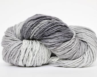 Aran Weight Yarn, Merino yarn, Hand Spun Yarn,  Wool Yarn, Hand Knitting Yarn,Medium Weight Yarn, Knitting Yarn, Shawl Yarn, Light Gray