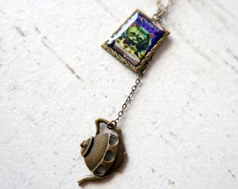 Cheshire Cat Necklace, Alice in wonderland