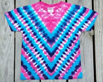 Toddler Girl Tie Dye T-Shirt, Pink Purple Blue Tie Dye, Chevron  Hippie Kids,  Girls Tie Dye, Tie Dye,  Girls shirt