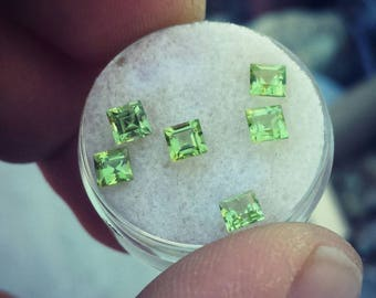 Natural peridot facets 4mm square