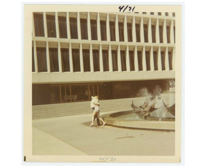 Vintage Photo Snapshot: Couple by Fountain, 1971 (76589)