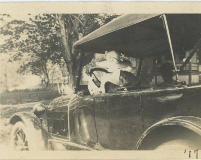 Vintage Snapshot Photo: Woman Driving, 1917 (81637]