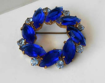 Vintage Brooch Pin Cobalt Blue Rhinestone Wreath