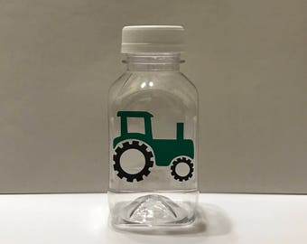 Tressarenae10*** 20- Tractor Barn Farm 8 oz or 12 oz Vinyl Cup Plastic Milk Bottle with Lid