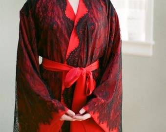 Readymade Long Fountainbleu lace robe Black & red Lingerie kimono in faux silk crepe Oriental Burlesque Boudoir French Art deco luxury robe