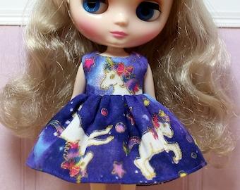 BLYTHE Middie doll Its my party dress - Japanese double gauze night unicorns