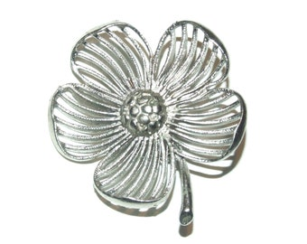 Vintage 70's Flower Filigree Silver Tone Pin Brooch