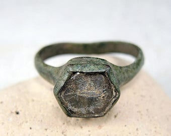 ON SALE Antique Brass Ring Antique Wedding Ring - j81