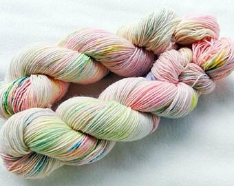 Handdyed SockYarn, 75 Wool, 25 Nylon 100g 3.5 oz. Nr. 165