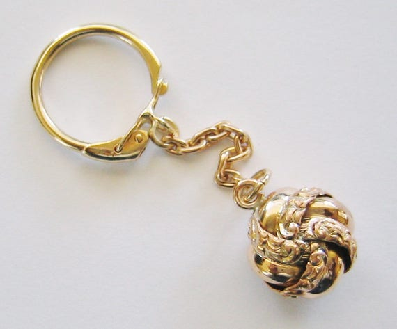 "Vintage...9K Solid Yellow Gold, ""Love Knot"" Key Chain, Key Holder ......"