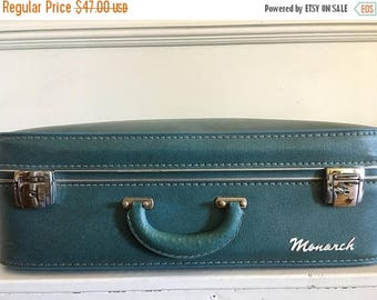 XMAS IN JULY Vintage Monarch Suitcase, 50's or 60's Blue Leather Suitcase, Retro Luggage, Vintage Luggage
