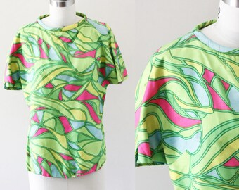 1960s psychedelic top // 1960s green shirt // vintage psychedelic top