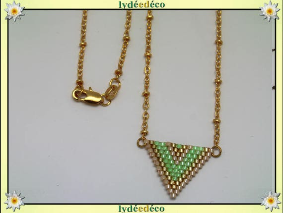 Necklace plated 18 k green beige and gold woven triangle chevron chain ball