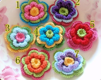 7 Crochet Flowers With Pearls In Multicolor YH-240-02